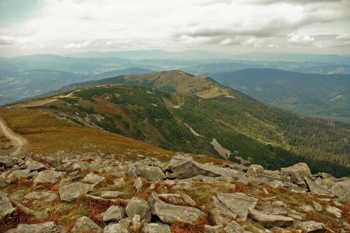 Babia Góra #góry #Karpaty #BabiaGóra #Beskidy #krajobraz #kamienie #chmury