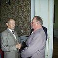 W kuluarach od lewej ; Zbysław Szymczak i gen . Adam Rębacz . #Militaria #Konferencja #Osoby