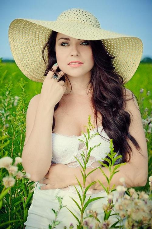 Karolina #kobieta #dziewczyna #portret #pole #łąka #nikon #nikkor #passiv