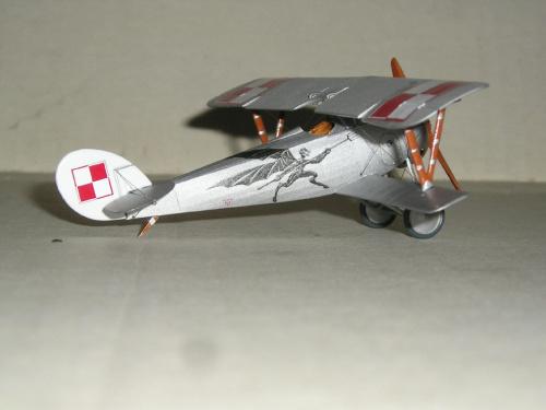 Nieuport Ni-24 pilot Lt.A.Jurkiewicz Poland 1919 - Roden 1/72 9f61f1b7dc307f4bmed
