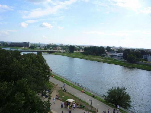 Kraków - Wisła #kraków #wisła #rzeka #rzeki #widok #widoki #natura #wawel #krajobraz #woda #miasto #most