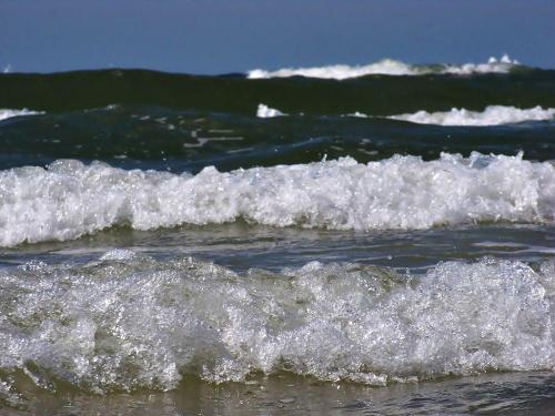 Fala za falą #Fale #Bałtyk #morze #Łeba