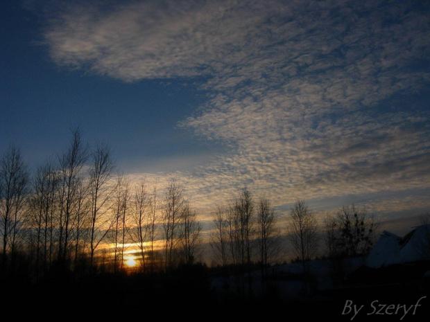 Piękny zimowy zachód ;) Mam nadzieje, że się podoba ;) #zima #Zaima2010 #zachód #zachody #słońce #krajobrazy #krajobraz #snieg #fotka #fotki