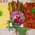 Gulasz wołowy z jarzynami Przepisy do zdjęć zawartych w albumie można odszukać na forum GarKulinar . Tu jest link http://garkulinar.jun.pl/index.php Zapraszam. #mięso #wołowina #gulasz #jarzyny #obiad #jedzenie #gotowanie #kulinaria