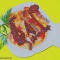 Śledź z suszonymi pomidorami Przepisy do zdjęć zawartych w albumie można odszukać na forum GarKulinar . Tu jest link http://garkulinar.jun.pl/index.php Zapraszam. #ryby #śledzie #olej #SuszonePomidory #przekąski #jedzenie #gotowanie